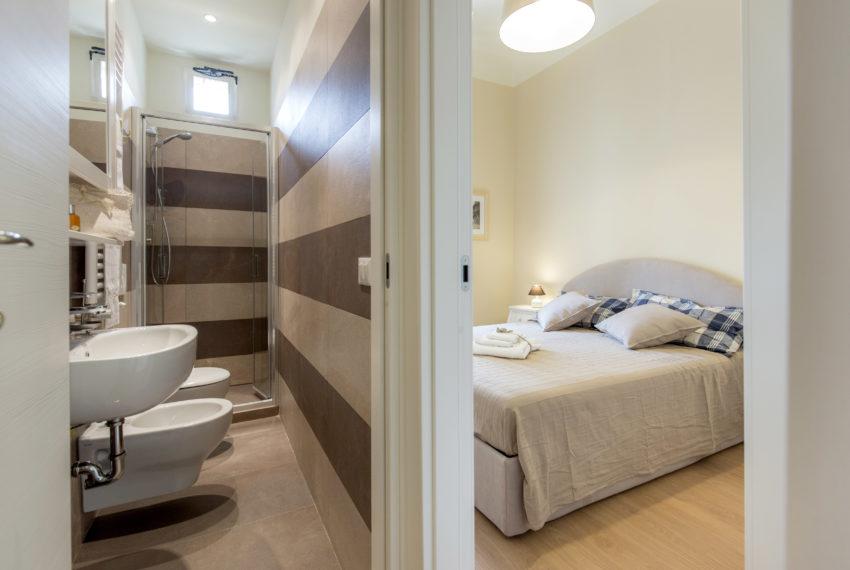 06 bathroom + bedroom